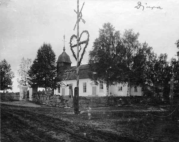 Iglesia de Maypole at Djur